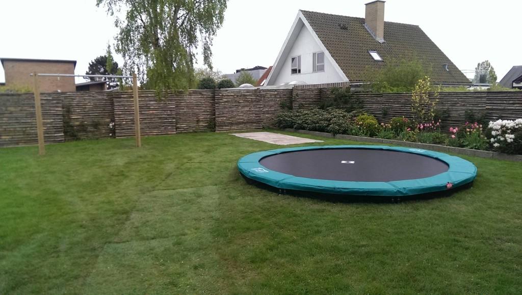 Bestil en trampolin til nedgravning på tilbud online